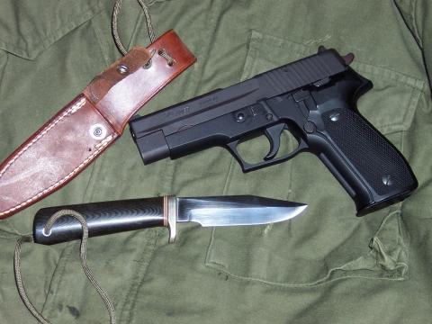 Guns-Knives-005.jpg