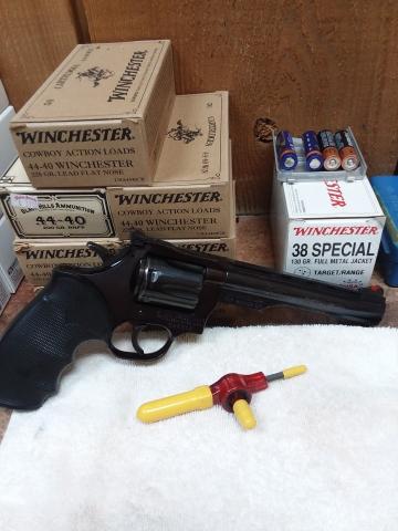 Dan-Wesson-15-2-Target.jpg